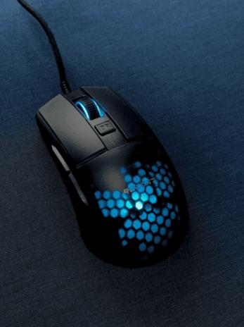 Roccat Burst Pro Review LED Lighting