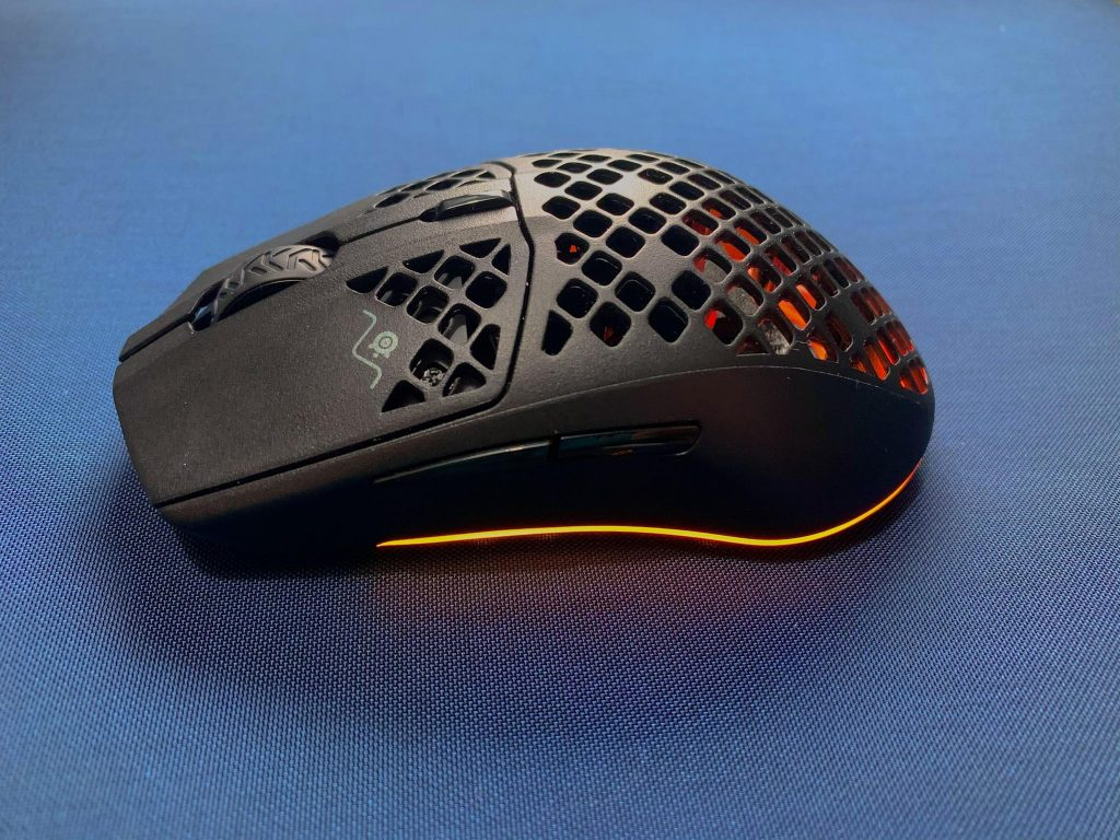 Aerox 3 Wireless Review Shape